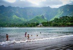 Pływanie – dlaczego warto promować ten sport
